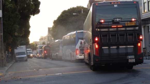 4-buses-muni-truck2-copy